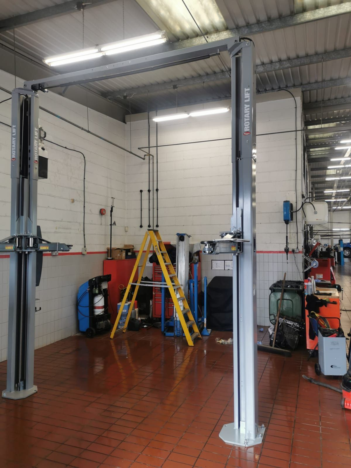Install after install, we prove we are number one for equipment - we have experts for Rotary Lifts so you don't need to worry!