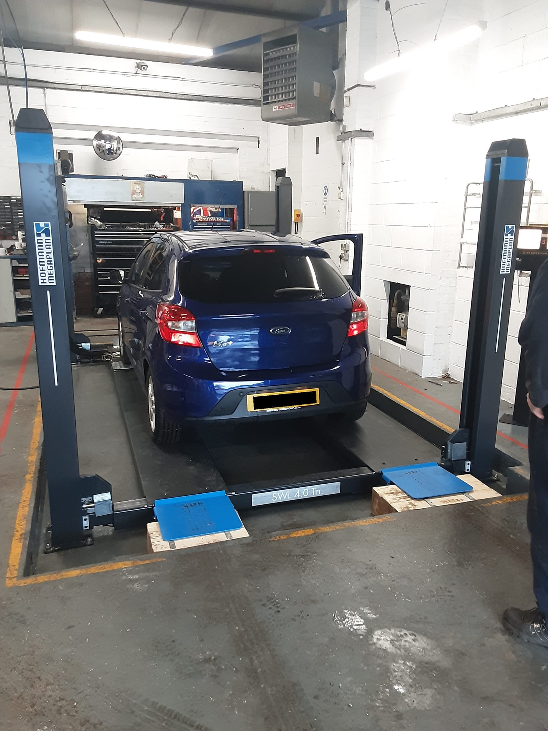 The ISN Garage Assist family helped support the upgrade of AJR Motor Engineering's MOT Bay equipment.