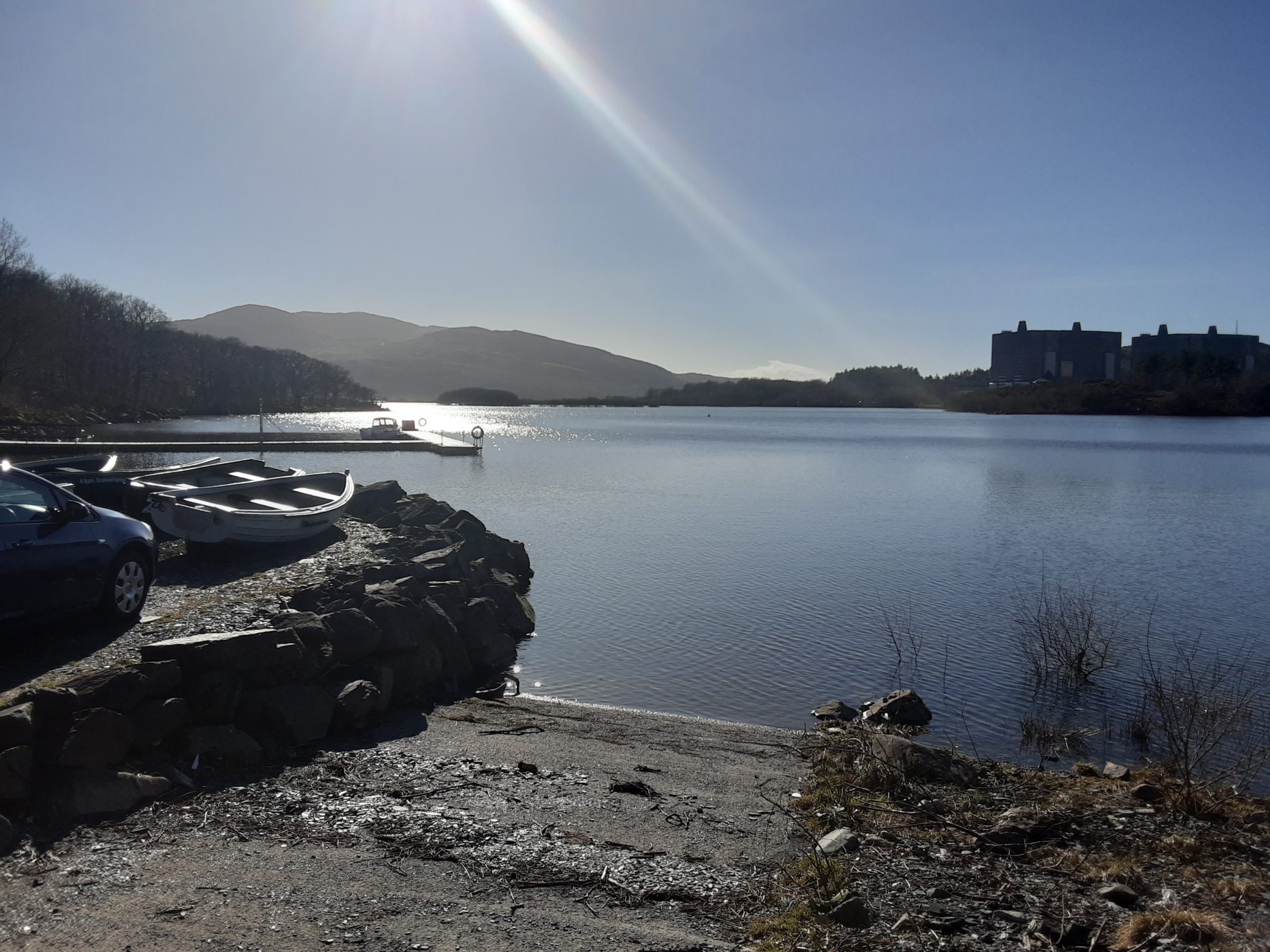 The beautiful sunny view on Trawsfnydd Lake in North Wales, as our engineers were on their way to an install.