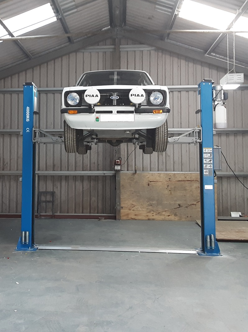 Our installation engineers completed the installation an Atlas 2 Post Lift at Canolfan Prysor Centre in North Wales.