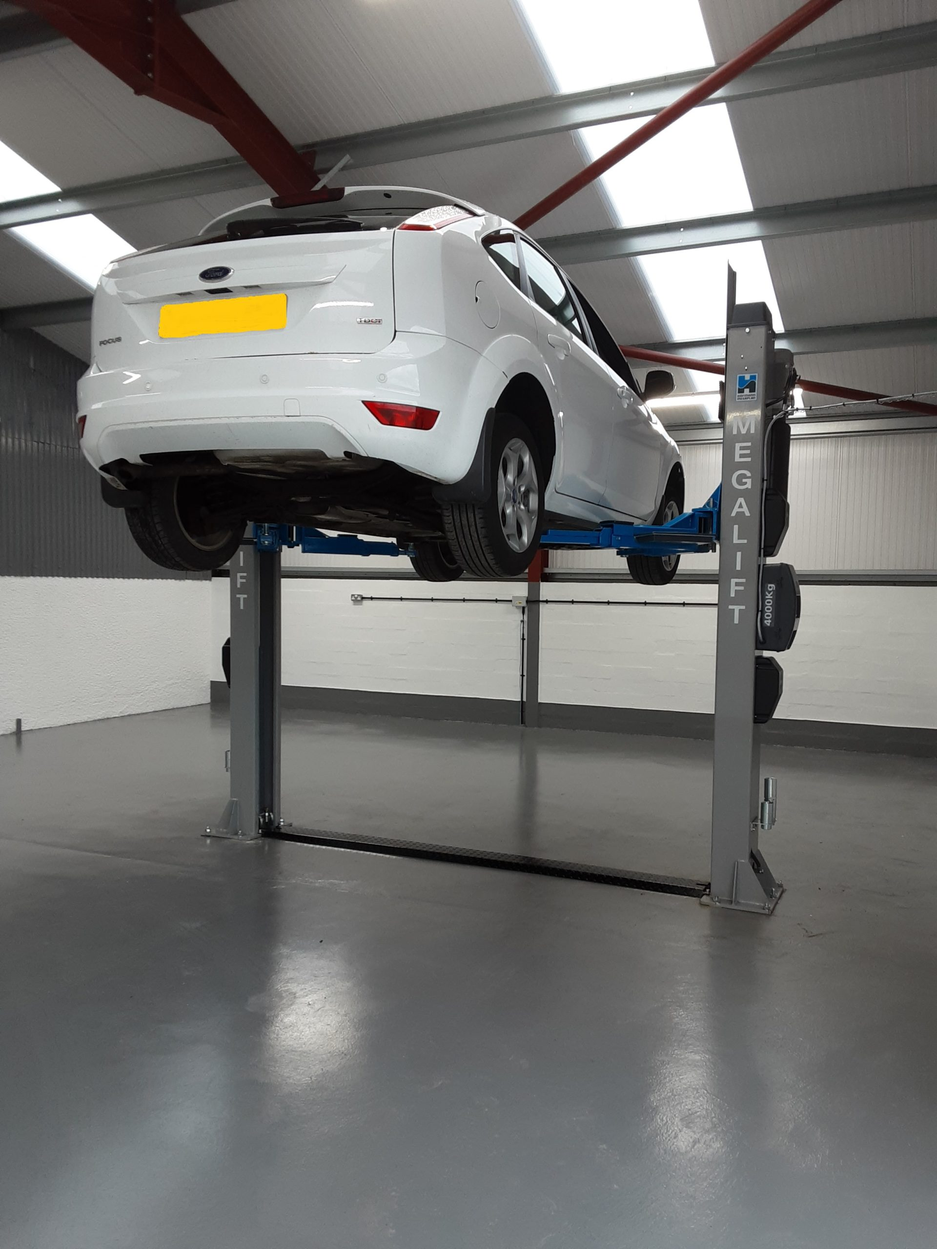 Alongside investing in an extension of their garage, Gordon Smith Car Repairs in Scotland purchase the megalist 4000-3 Two Post Lift to deal with more complex work.