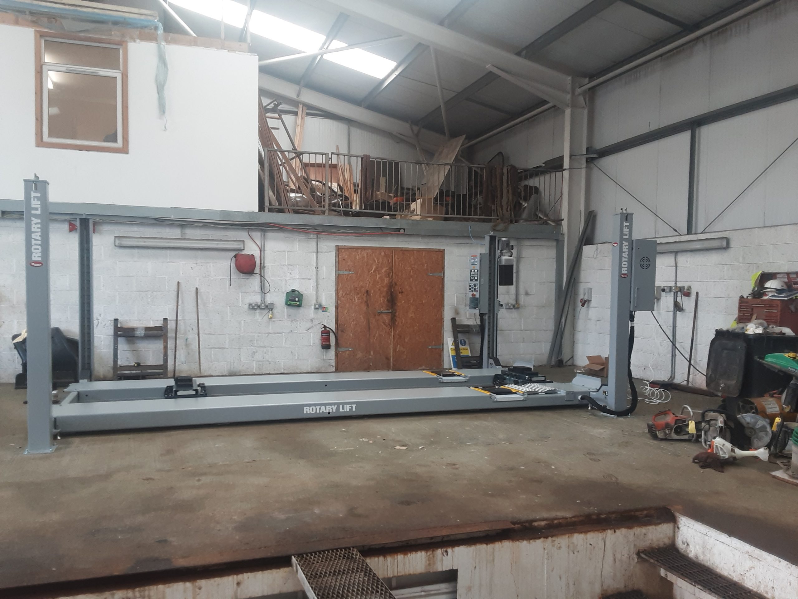 Rotary 4 Post Lift installation from the ISN Garage Assist team on the Isle of Lewis.