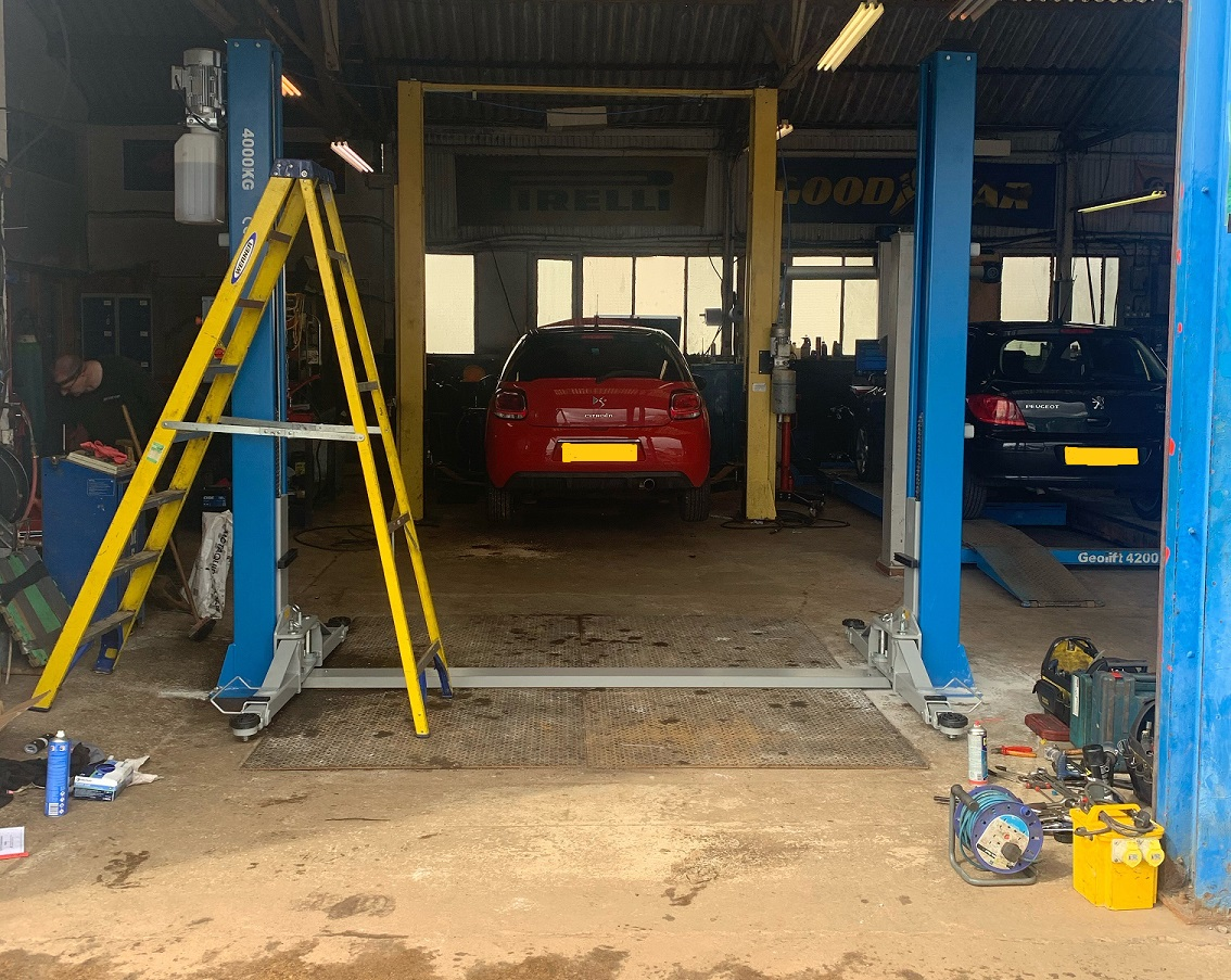 The Atlas ATP9 Two Post Car Lift was the obvious choice for the Goodtread Tyres team, and you have to agree, it looks great!