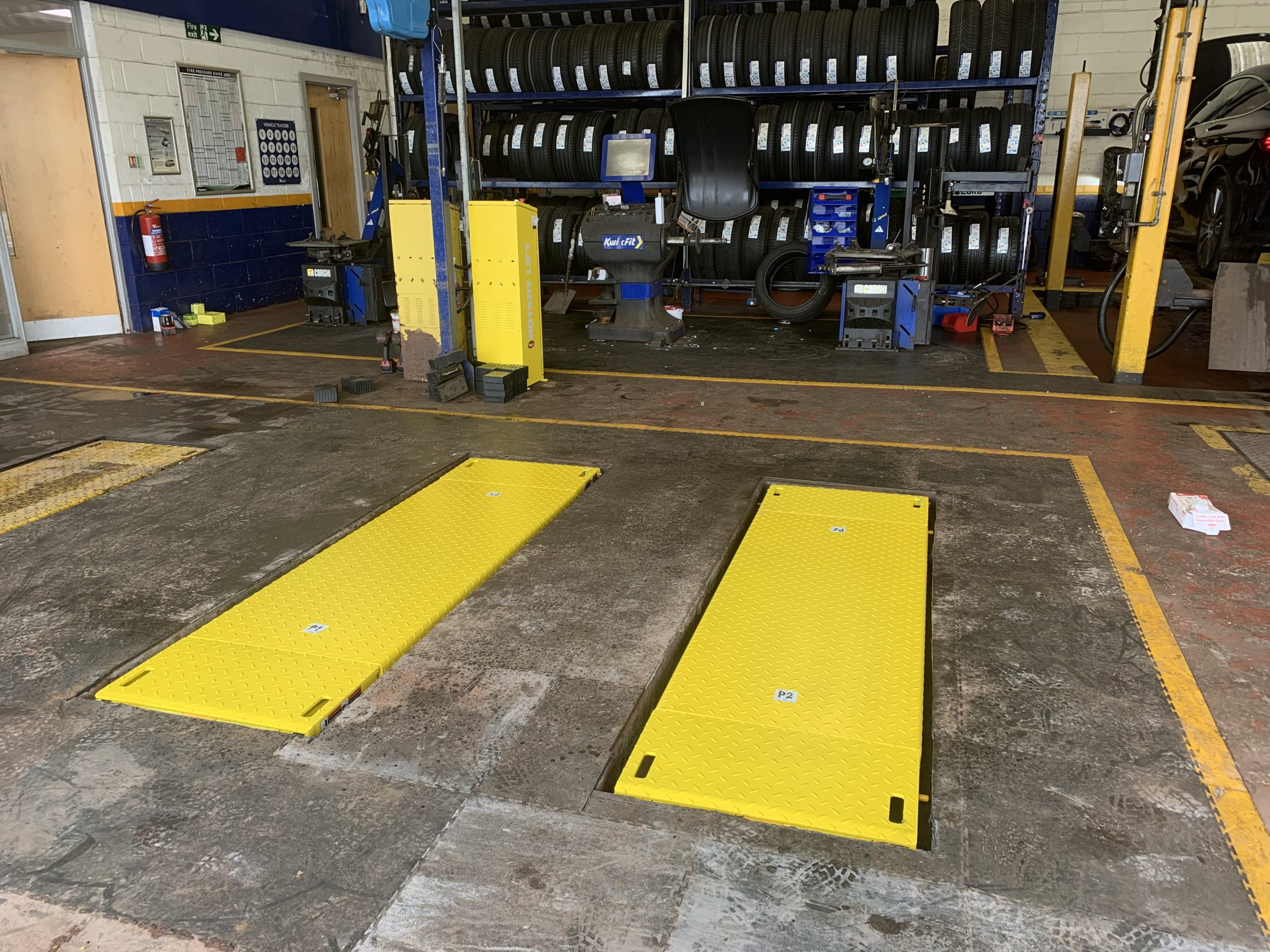 Recessed Scissor Lift installation at Kwik Fit Glenrothes.